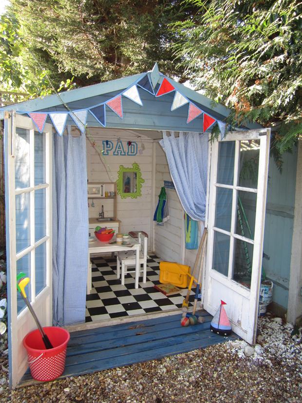 Ant s pad laura ashley blog for Beach hut design ideas