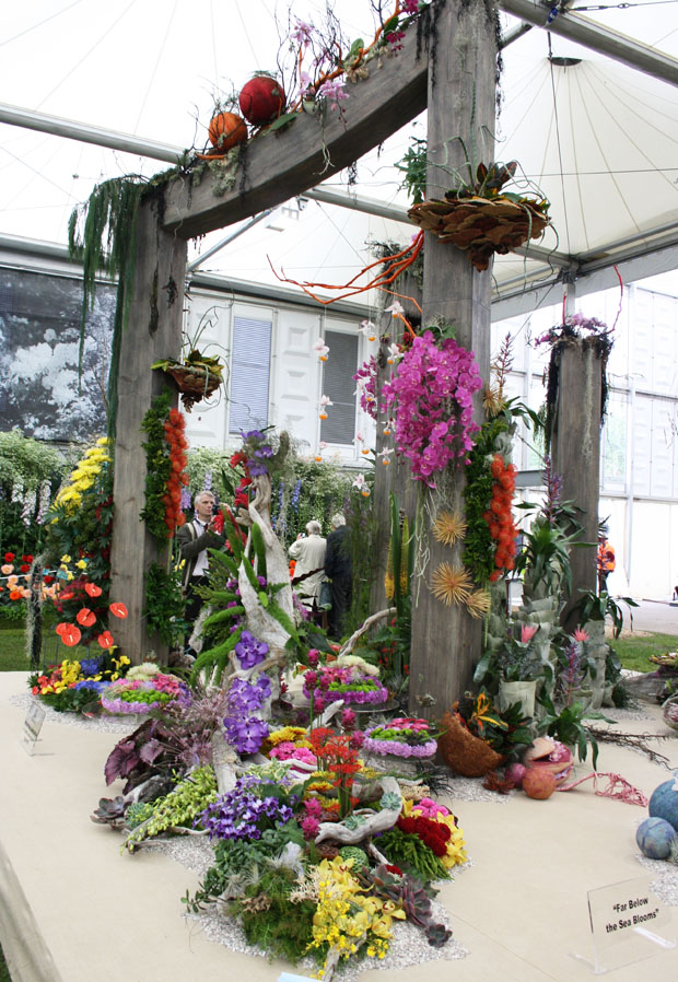Chelsea flower show archway