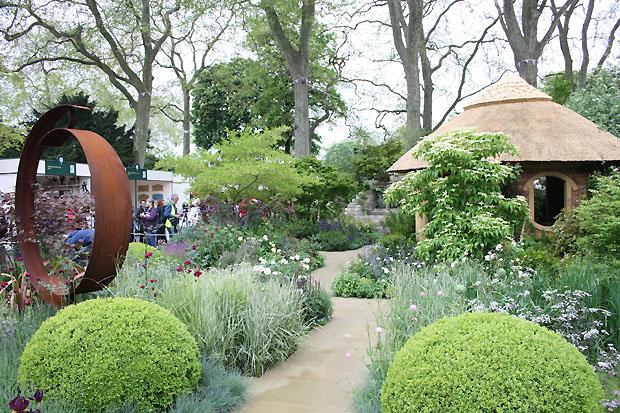 M&G centenary garden