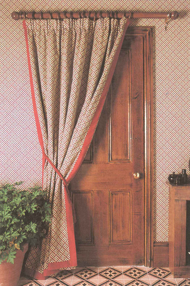 MR JONES CURTAIN 620