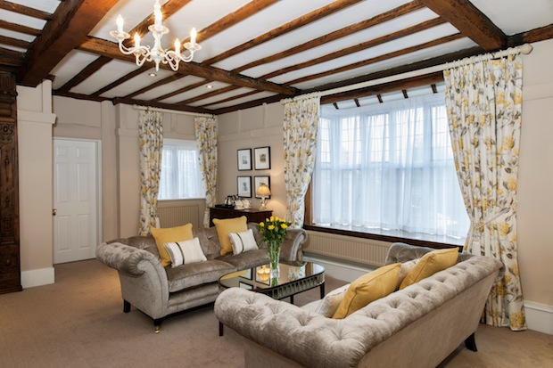 The Mayfair - Bridal Suite (2)