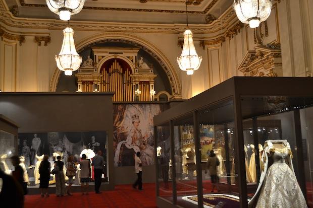 Queen Elizabeth became the Queen Elizabeth 1 Artifacts