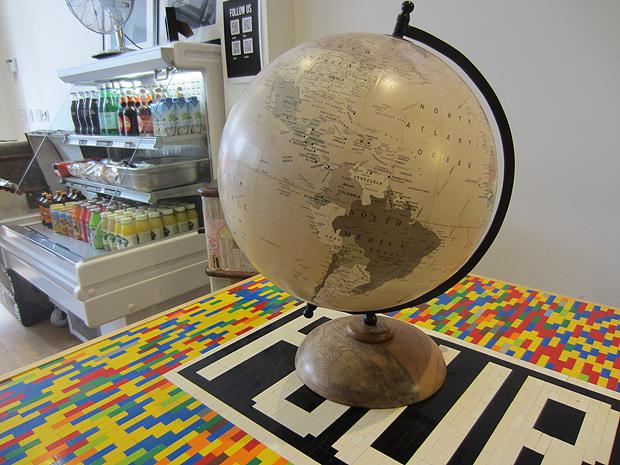 laura ashley globe