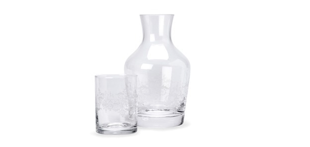 Carafe and tumbler set