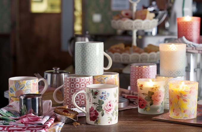 heritage candles and mugs