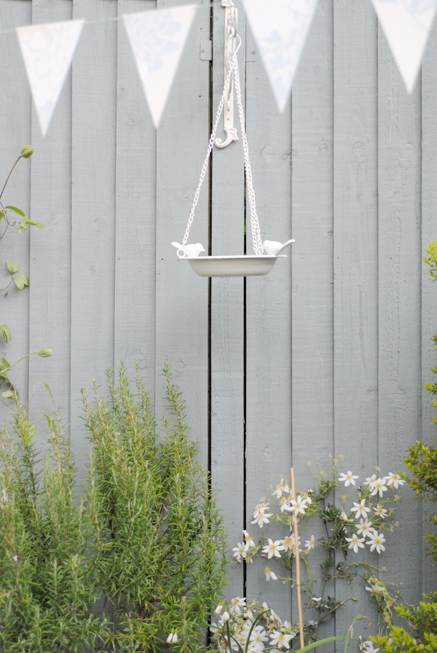 Laura Ashley bird bath & bunting