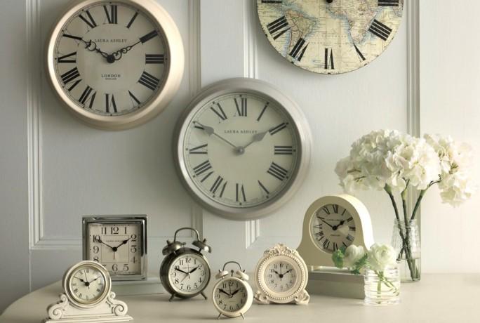 clocks hero