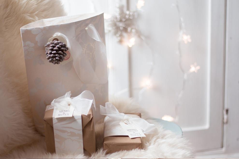 WeMadeThisHome_Elegant_GiftWrap3