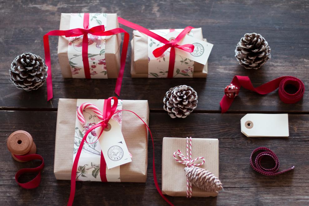 WeMadeThisHome_Rustic_Gift Wrap 2