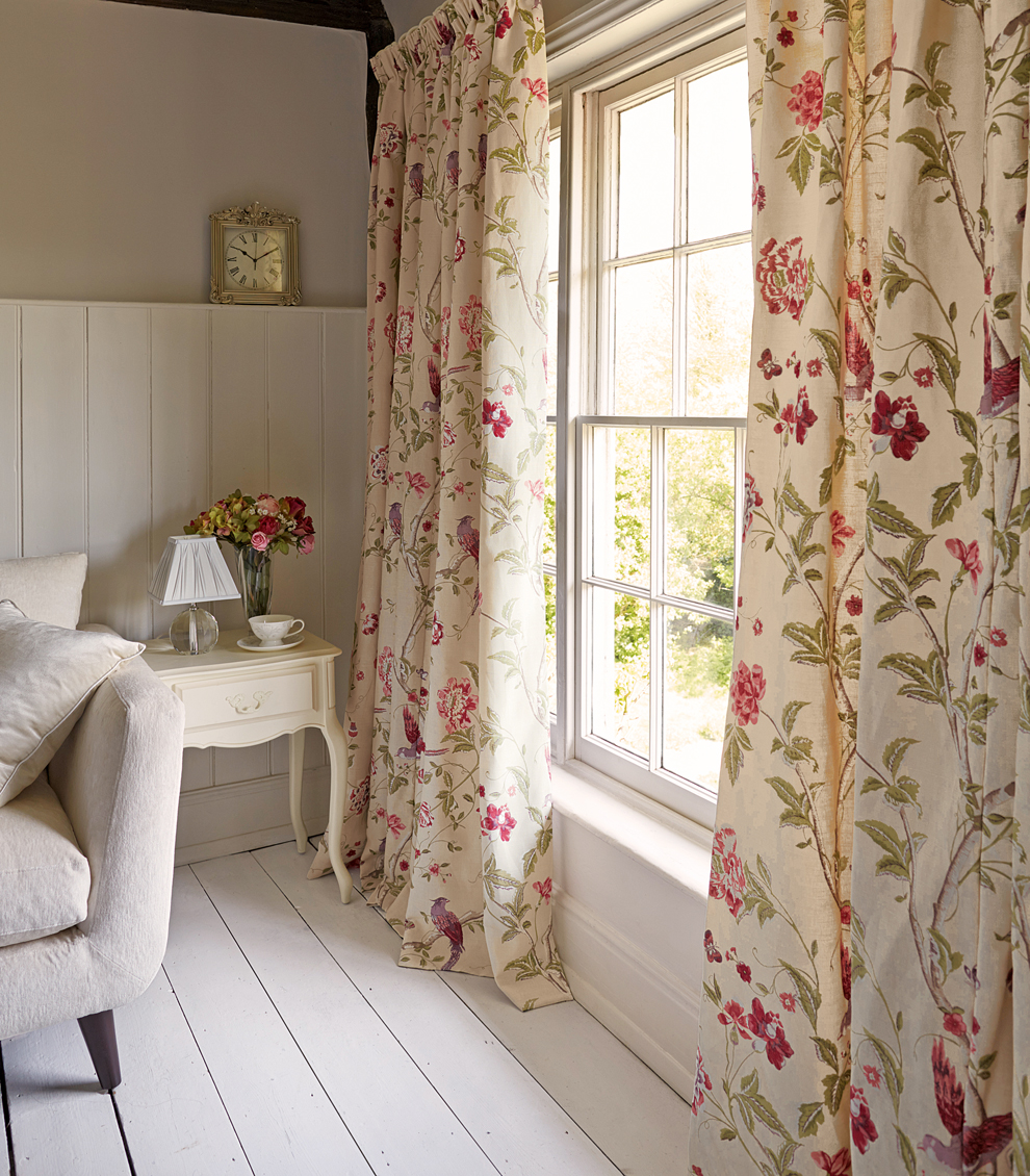 Curtain call keeping your home cosy for winter laura ashley blog - Rideaux maison de campagne ...