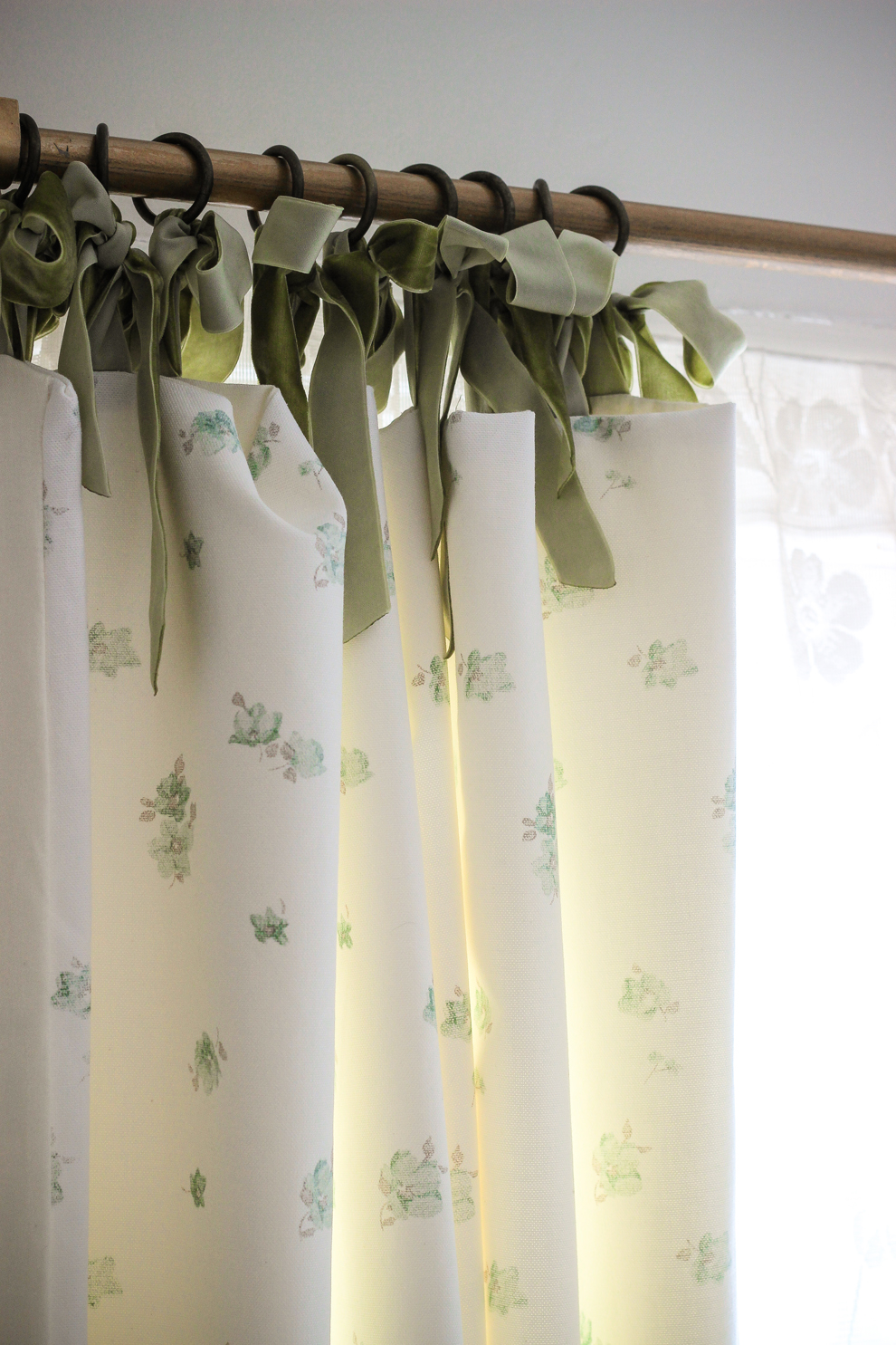 jodie 39 s handmade curtains laura ashley blog. Black Bedroom Furniture Sets. Home Design Ideas