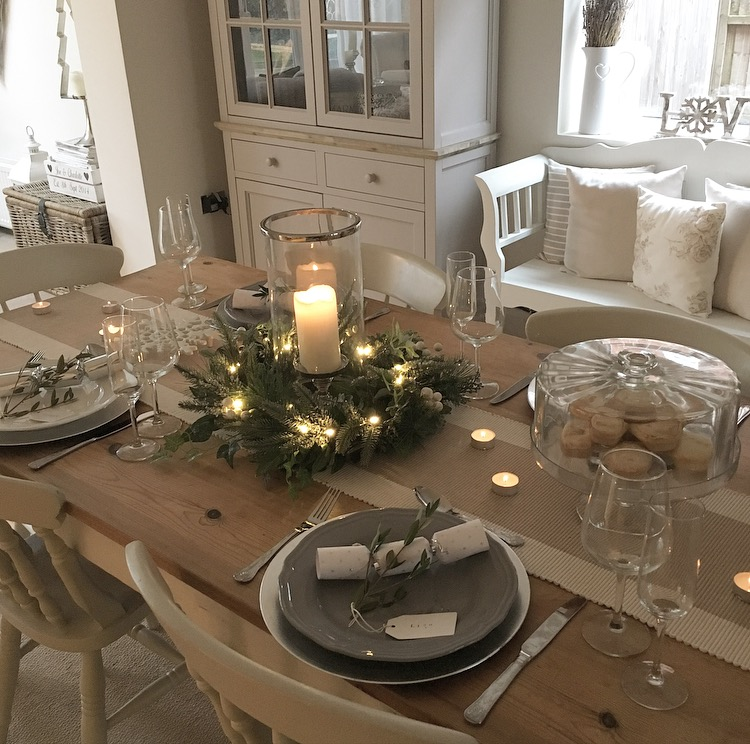 Table Centerpieces For Home: Christmas Table With The Home That Made Me