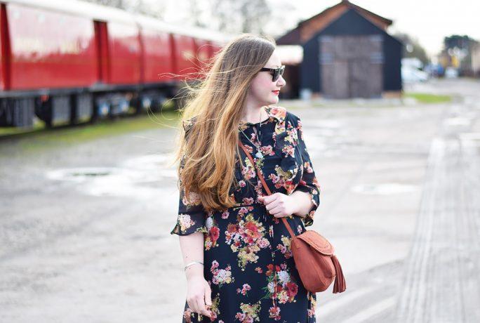 Jacquard Flower Floral Ruffle Dress Bag