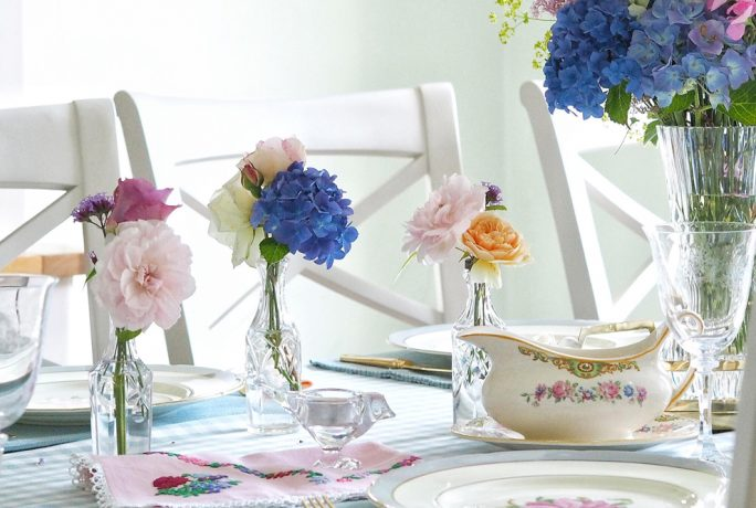 All That's Pretty Home Accessories Table Set Up