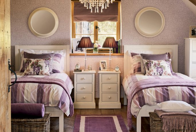 Purple Interiors Home Accessories