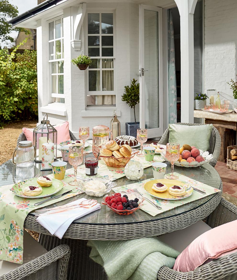 Alfresco Dining Garden Accessories