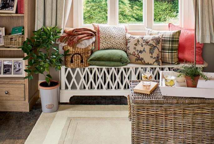 Relaxed County Home Collection Home Accessories Furniture