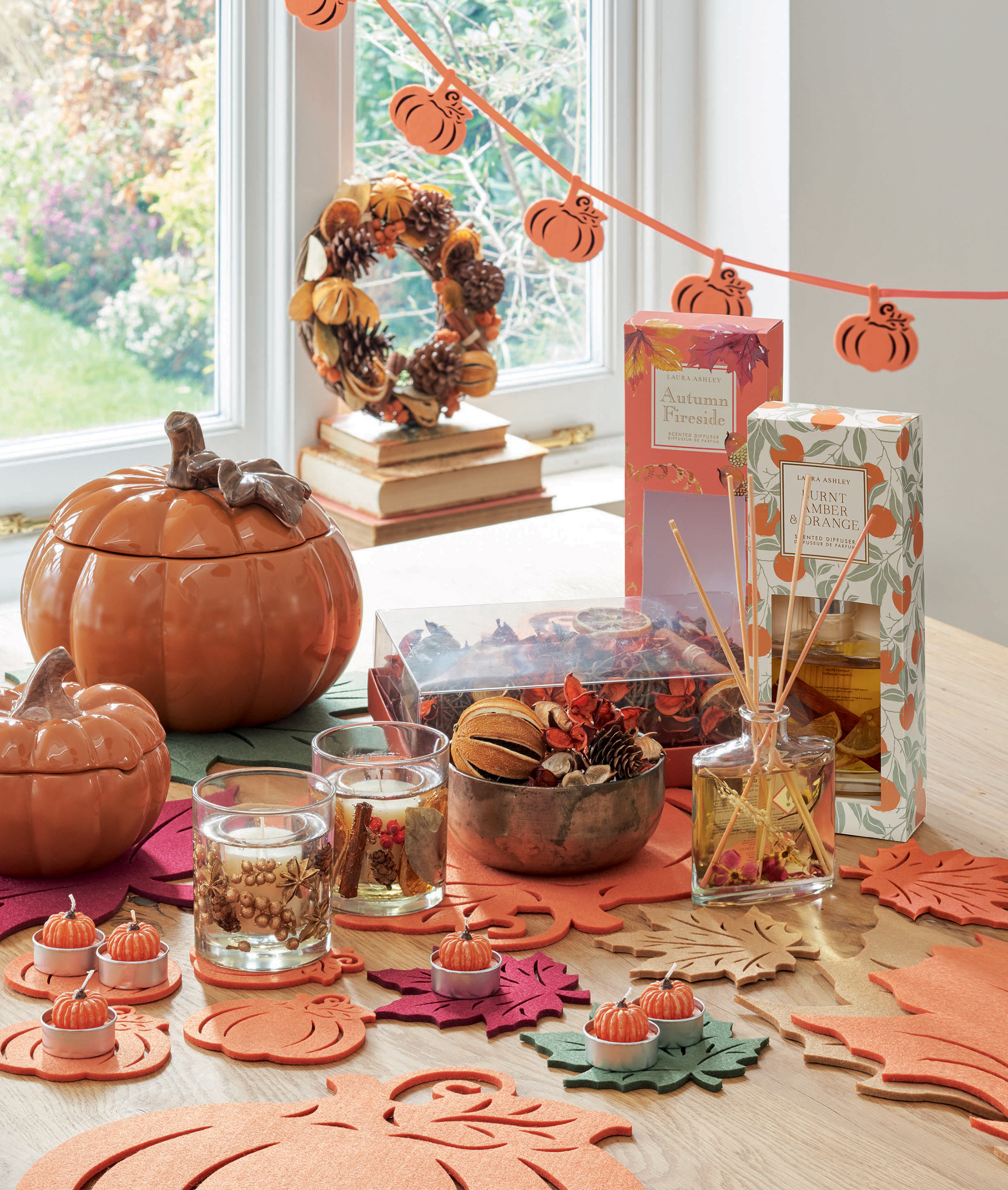 Autumn accessories pumpkins autumn wreath leaves