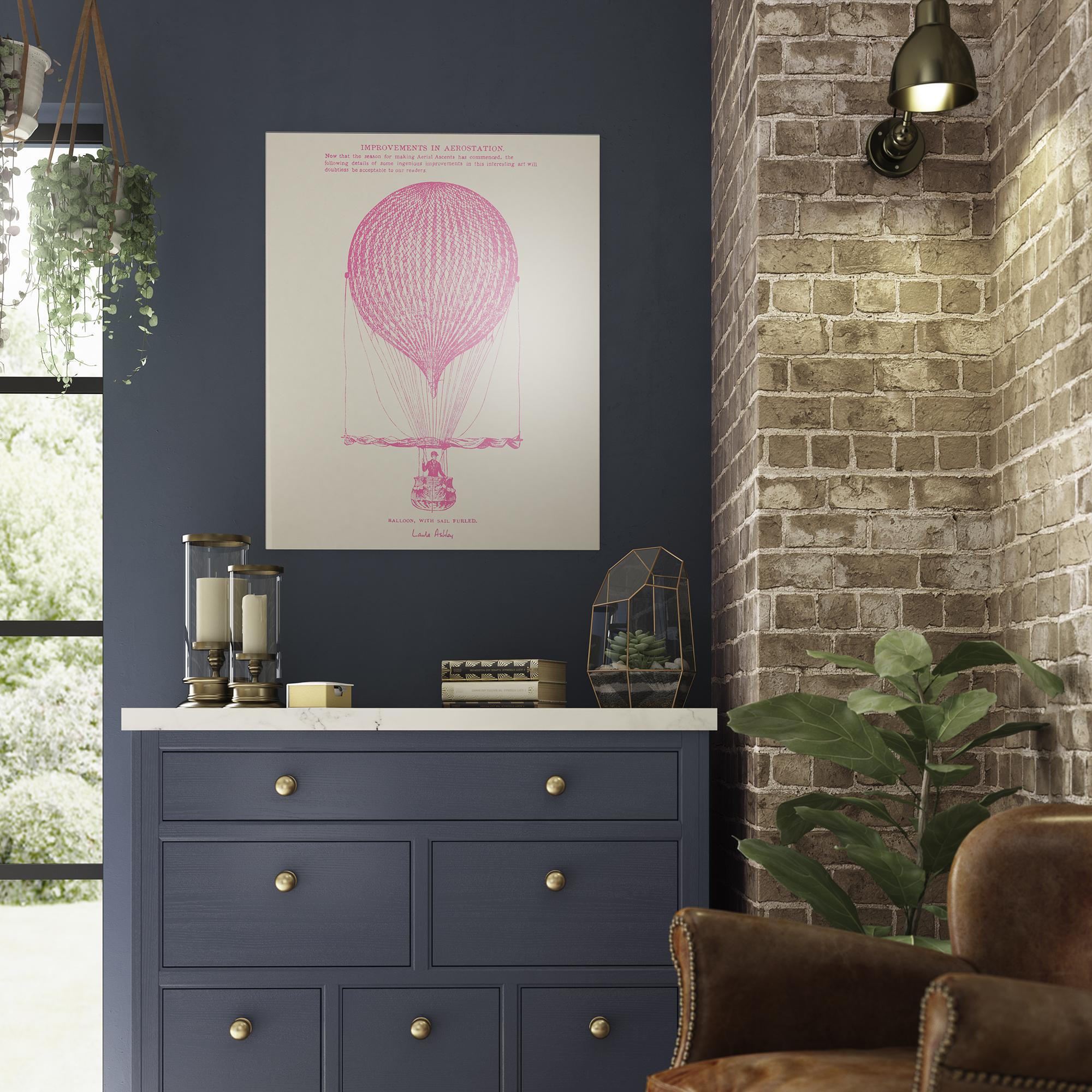 LA52970 Balloon Splashback 600x750mm Roomset