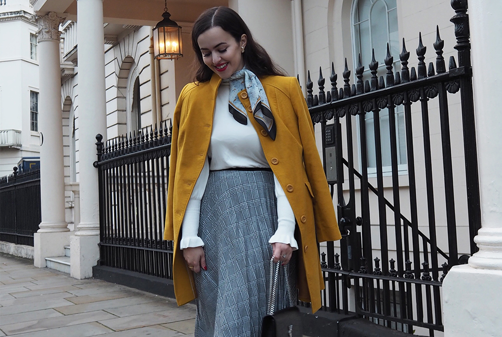 How to wear the mustard trend this winter