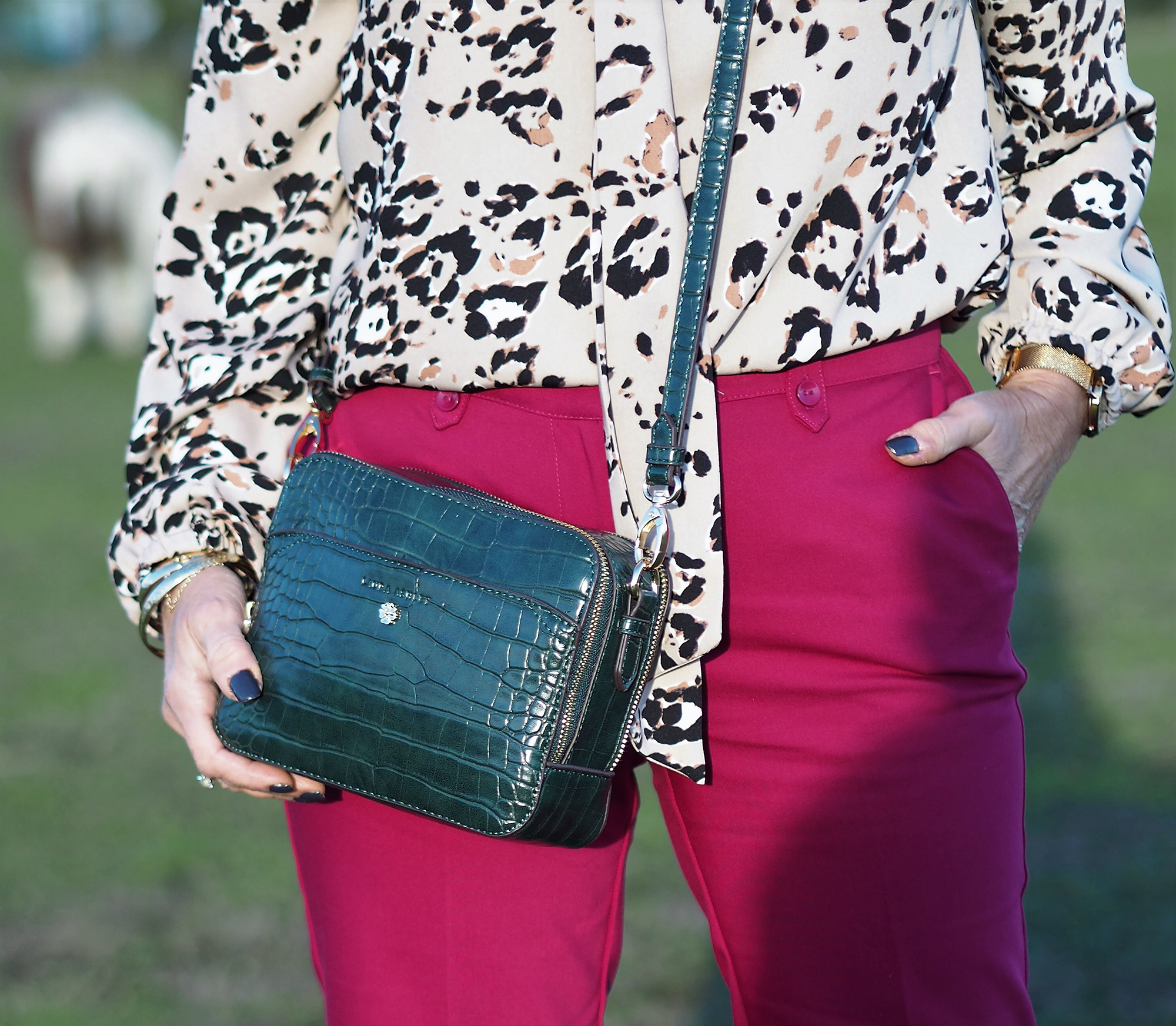 HOW TO WEAR BOLD PRINTS & VIBRANT COLOURS IN AUTUMN