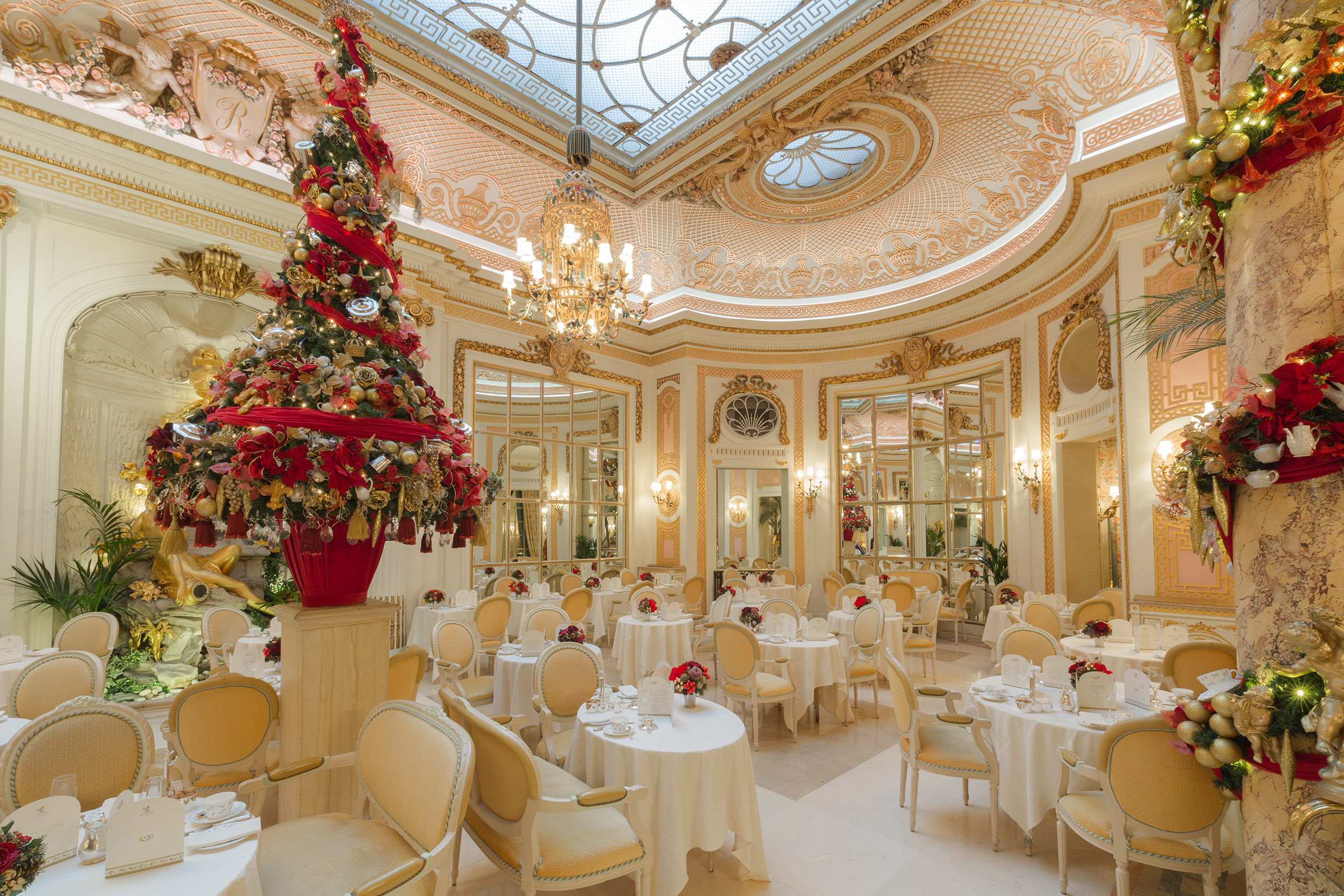 Christmas Palm Court (1)