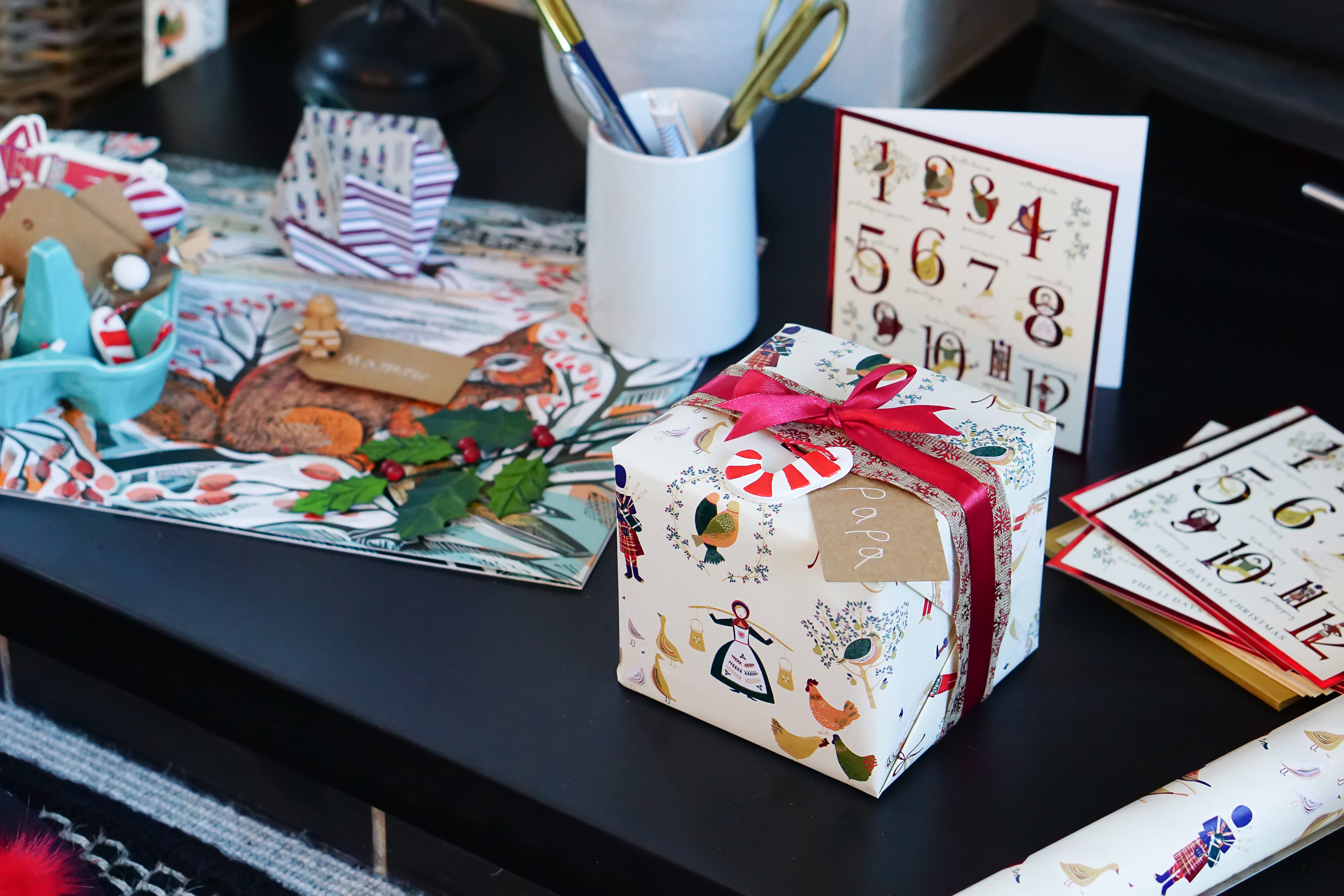 Gift Wrapping Hacks: The Top Tips You Need to Know to Make Gift Wrapping Easy