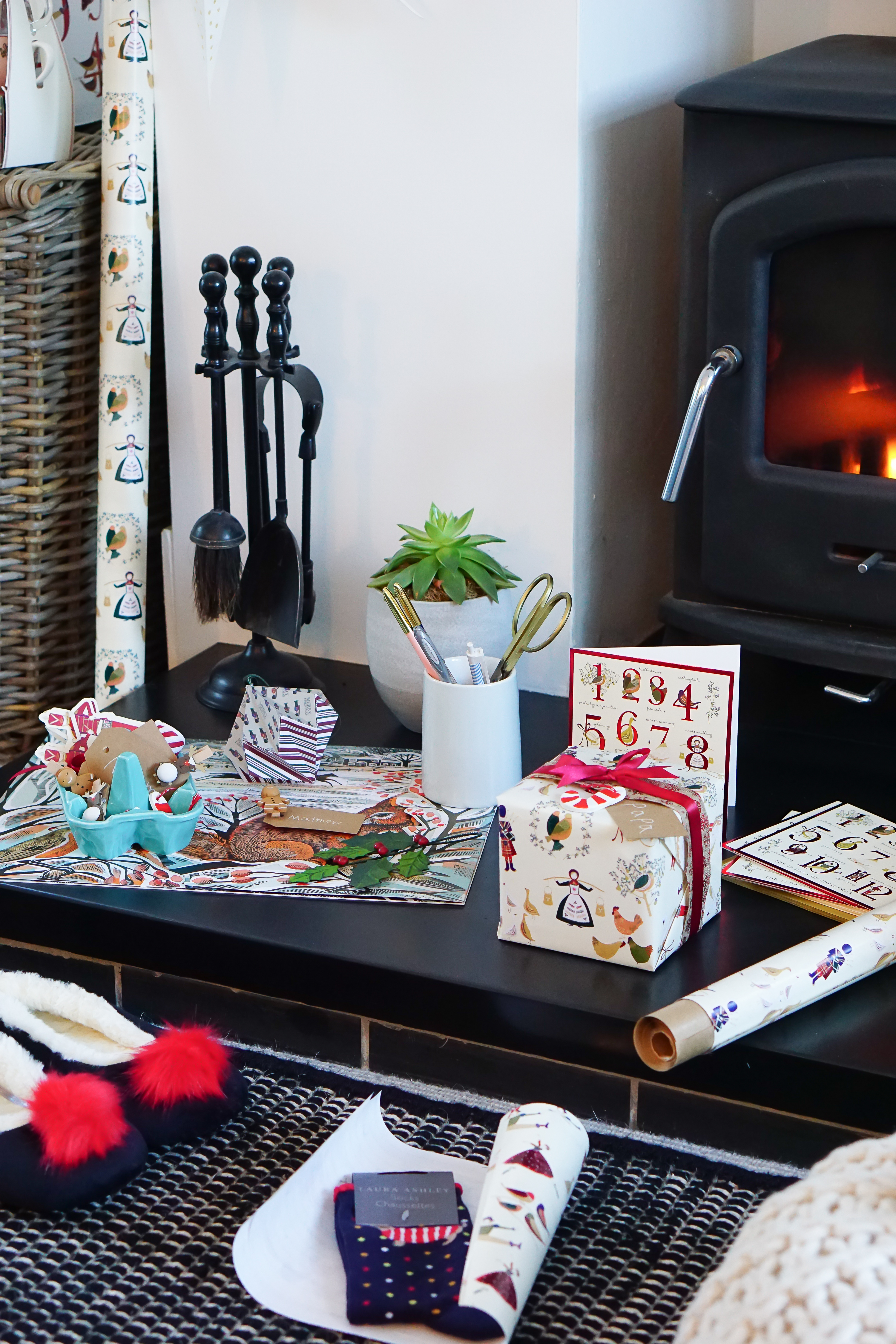 Gift Wrapping Hacks: The Top Tips You Need to Know to Make Wrapping Easy