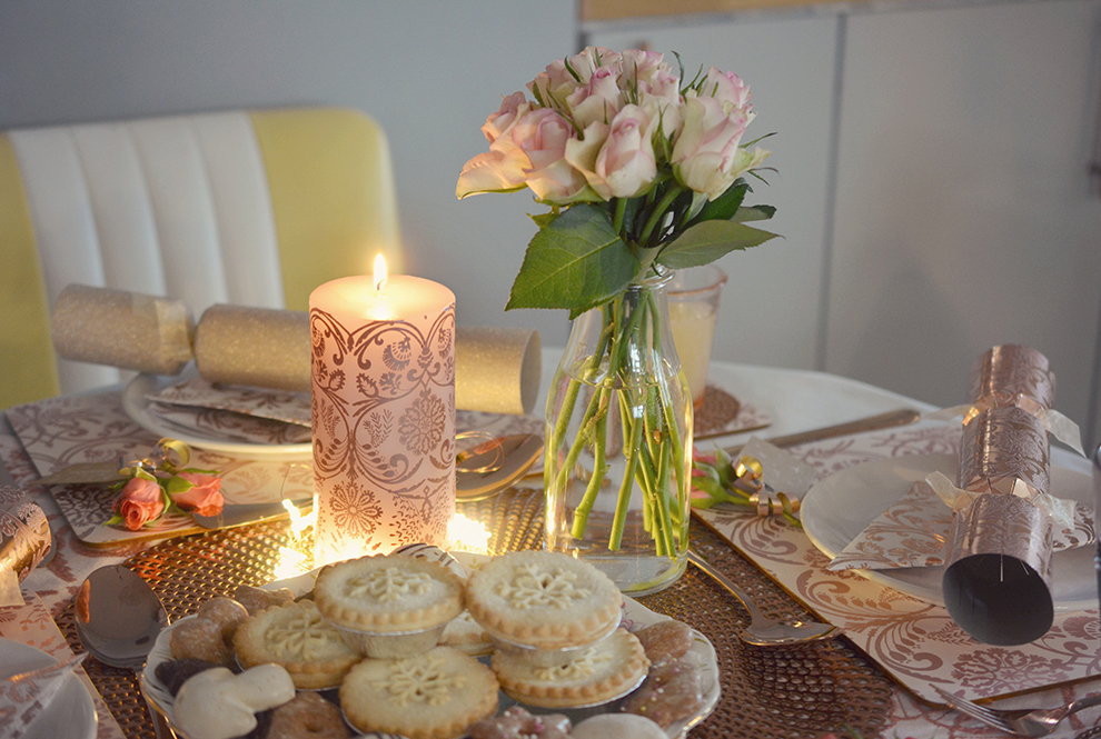 4 Ways To Create The Perfect Christmas Table Setting