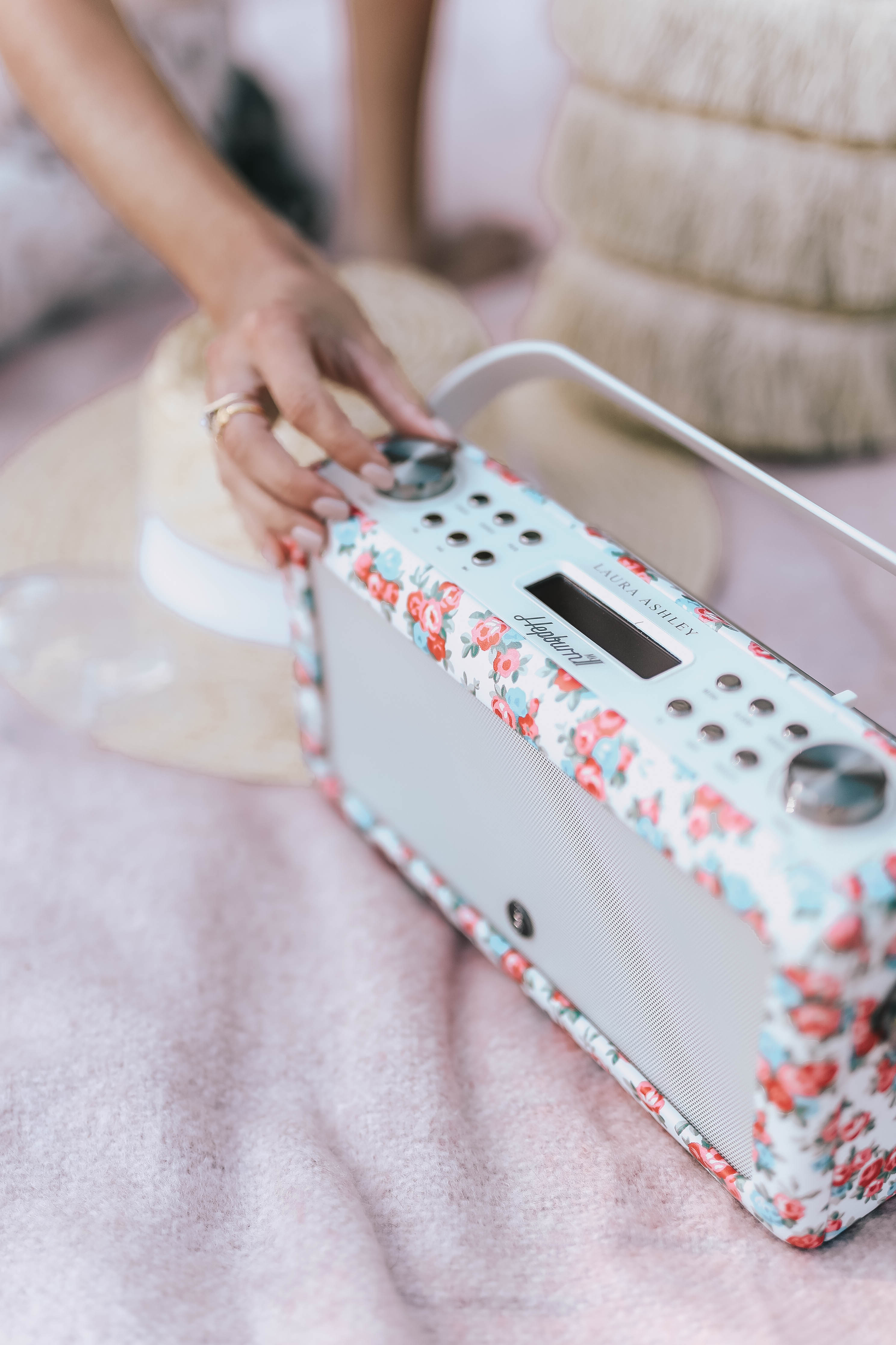 5 reasons to fall in love with digital radio | Laura Ashley MY VQ Radios