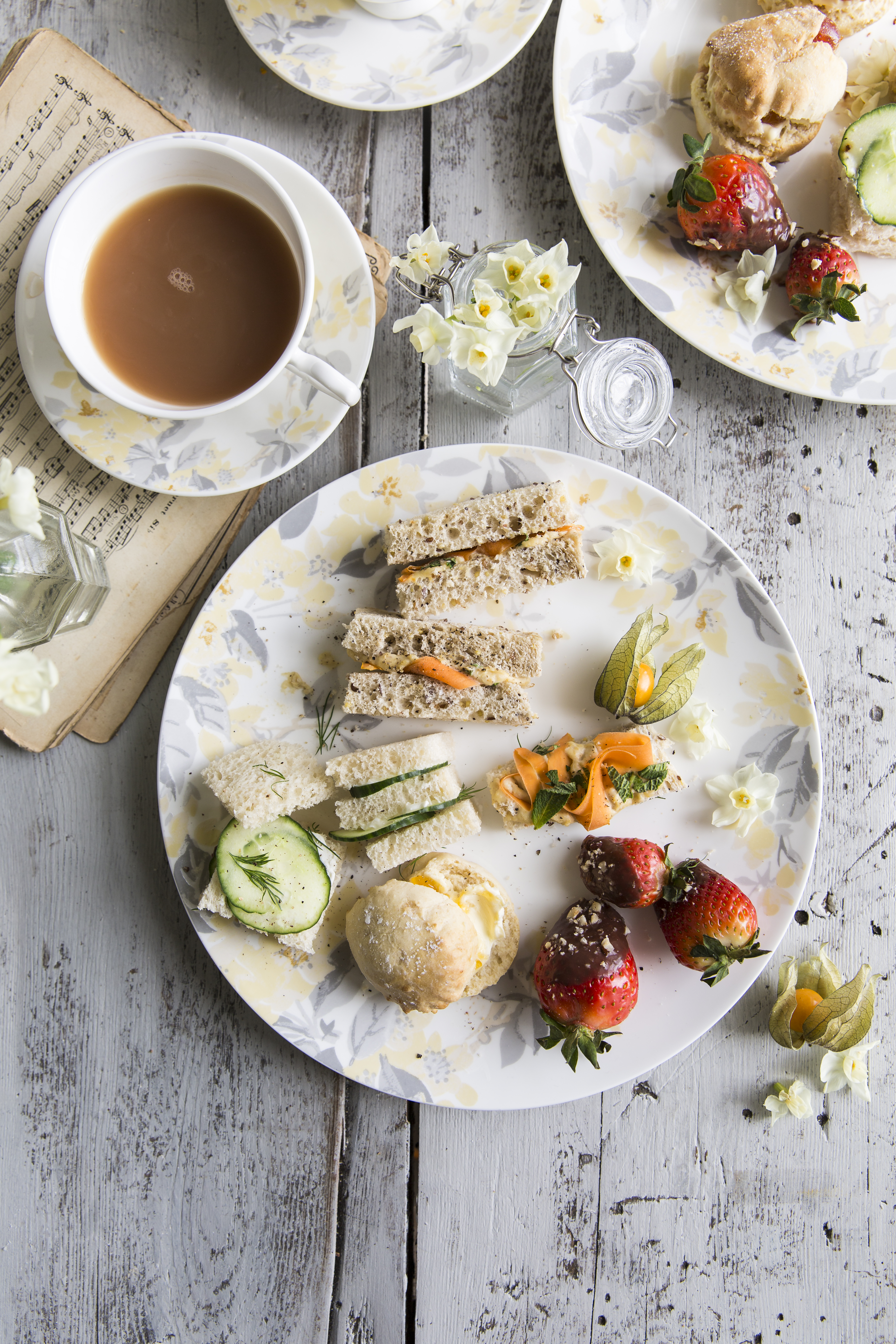 How to Prepare: Mother's Day Afternoon Tea at Home | Laura Ashley Blog