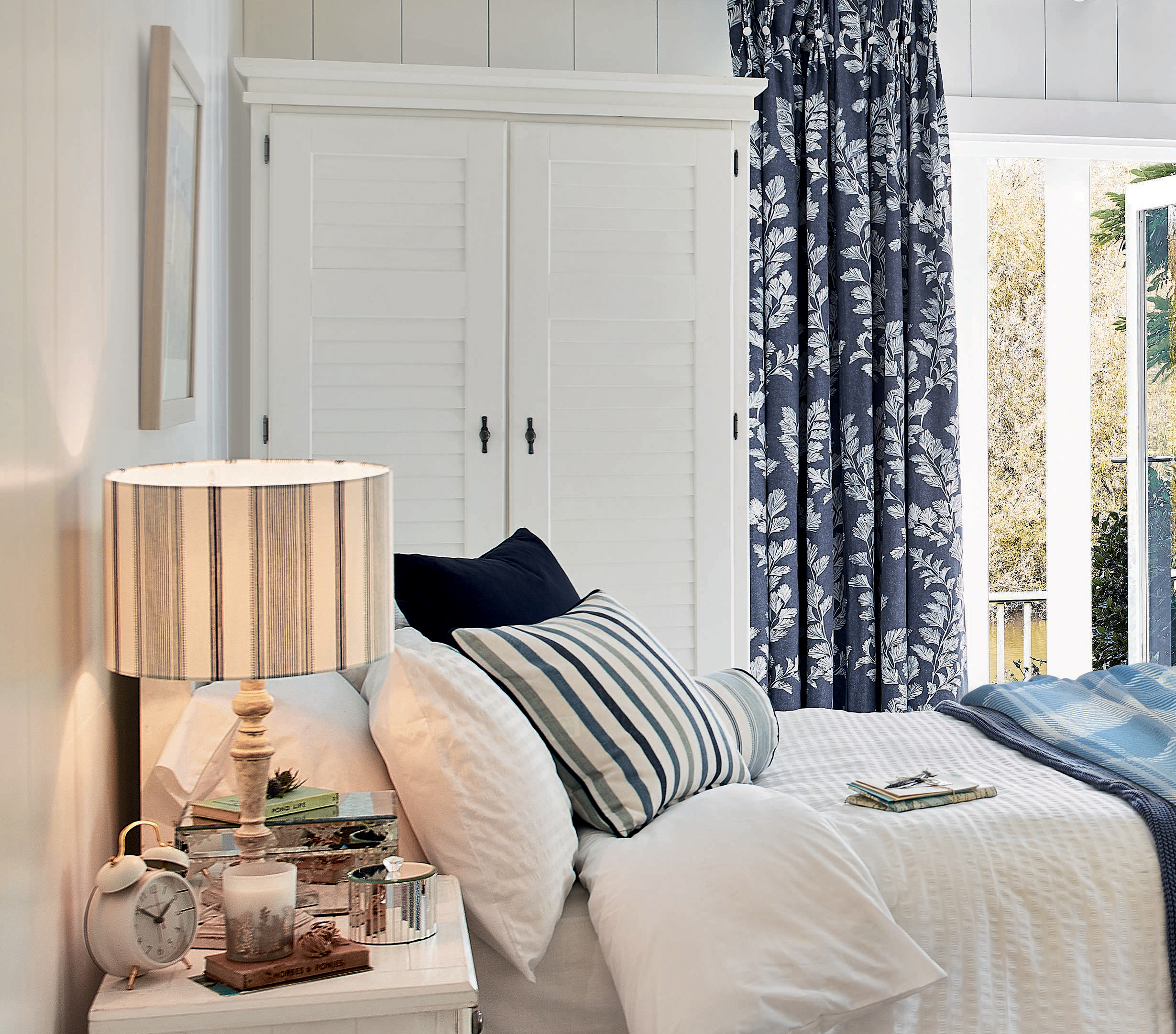 Coastal Dreams: Ways to bring the sea into your living space