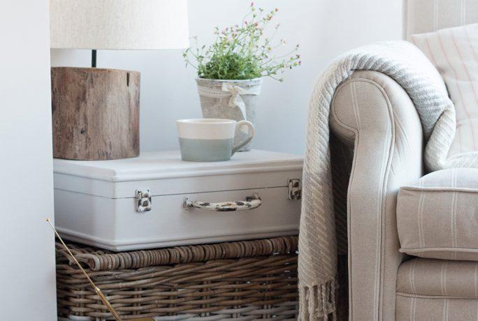 Painted-Wicker-Storage-Baskets6