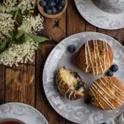 Blueberry muffins with Nordic flavours and an elderflower glaze