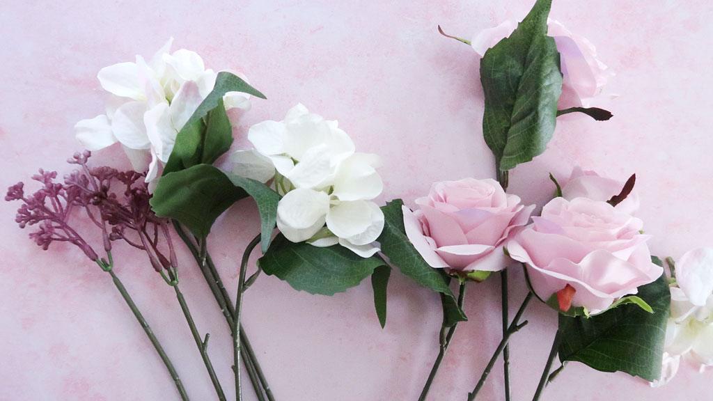 Make-a-Silk-Flower-Wreath-flowers