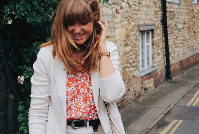The perfect outfit to transition into Autumn