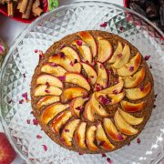 Delicious Spiced Apple Cake Recipe