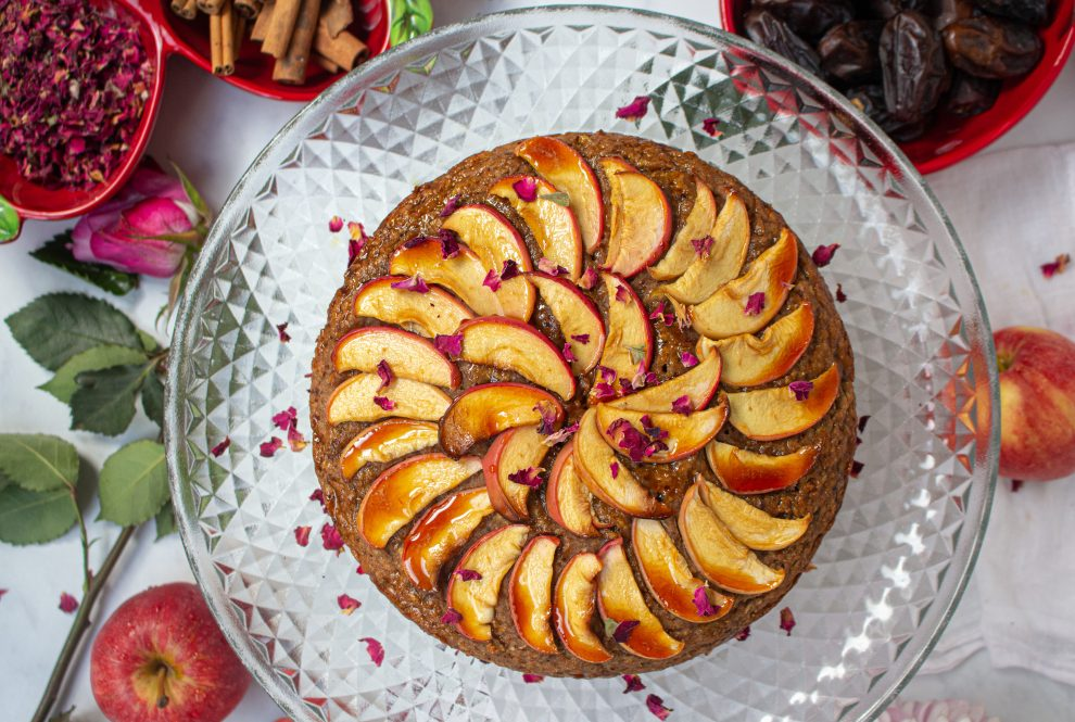 Delicious Spiced Apple Cake Recipe