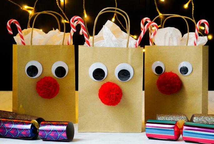 DIY Red-nosed reindeer gift bags