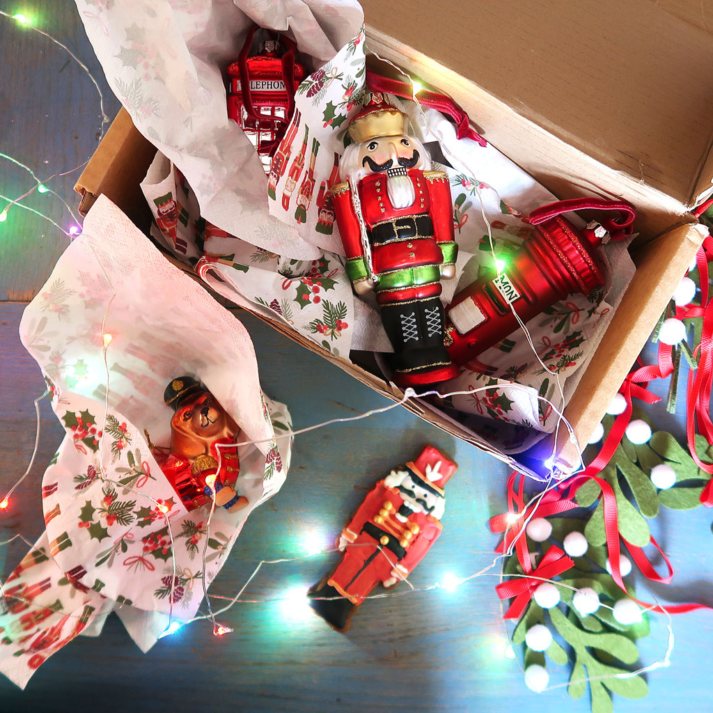 Nutcracker-Biscuits-Decorations-In-Box