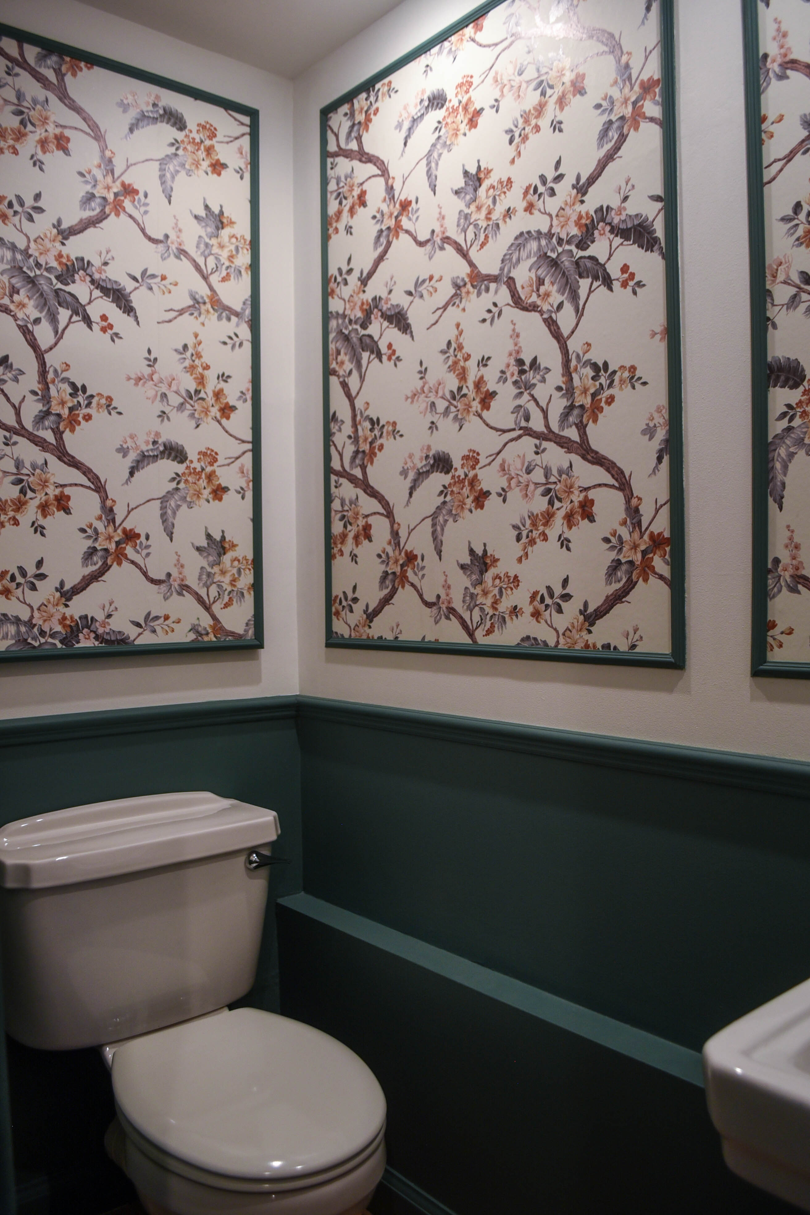Powder room makeover - panelled Laura Ashley Florintine Natural wallpaper - before and after - Thankfifi Scottish Interiors Blog-10